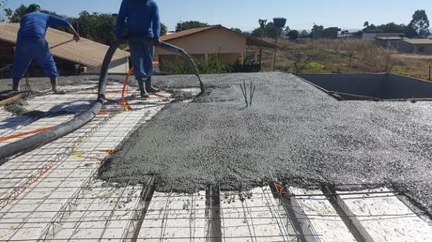 Concreto usinado para pequenas obras